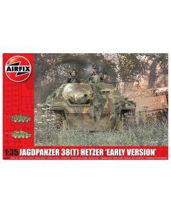 Airfix 1355 WWII German Jagdpanzer 38(t) 'Hetzer' 1/35 Scale Plastic Model Kit