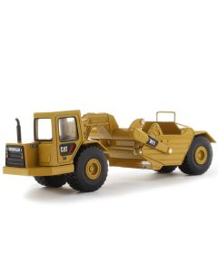 Diecast Masters 85695 Cat Wheel Tractor 611 Scraper