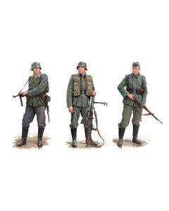 Dragon 6791 1 /35 'Battle Of Smolensk & Roslavl 1941' 1/35 Scale Model Figures