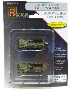 Pegasus 721 Sd.Kfz. 251/1 Halftrack #113/114 Camouflaged 1/144 Scale Models