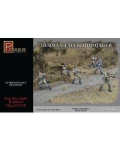 Pegasus 3204 Fallschirmjager 1/32 Scale Plastic Model Figures