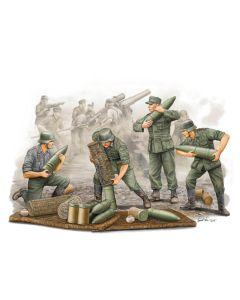 Trumpeter 426 German Field Howitzer Carrying Crew 1/35 Scale Model Figures