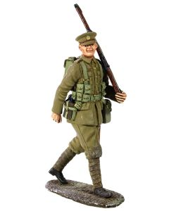 William Britain 23066 1914 British Infantry Marching with Full Kit #1