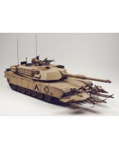 US Army M1 Arbrams Tank with Mine Plow Built-Up 1/35 Scale Plastic Model Kit